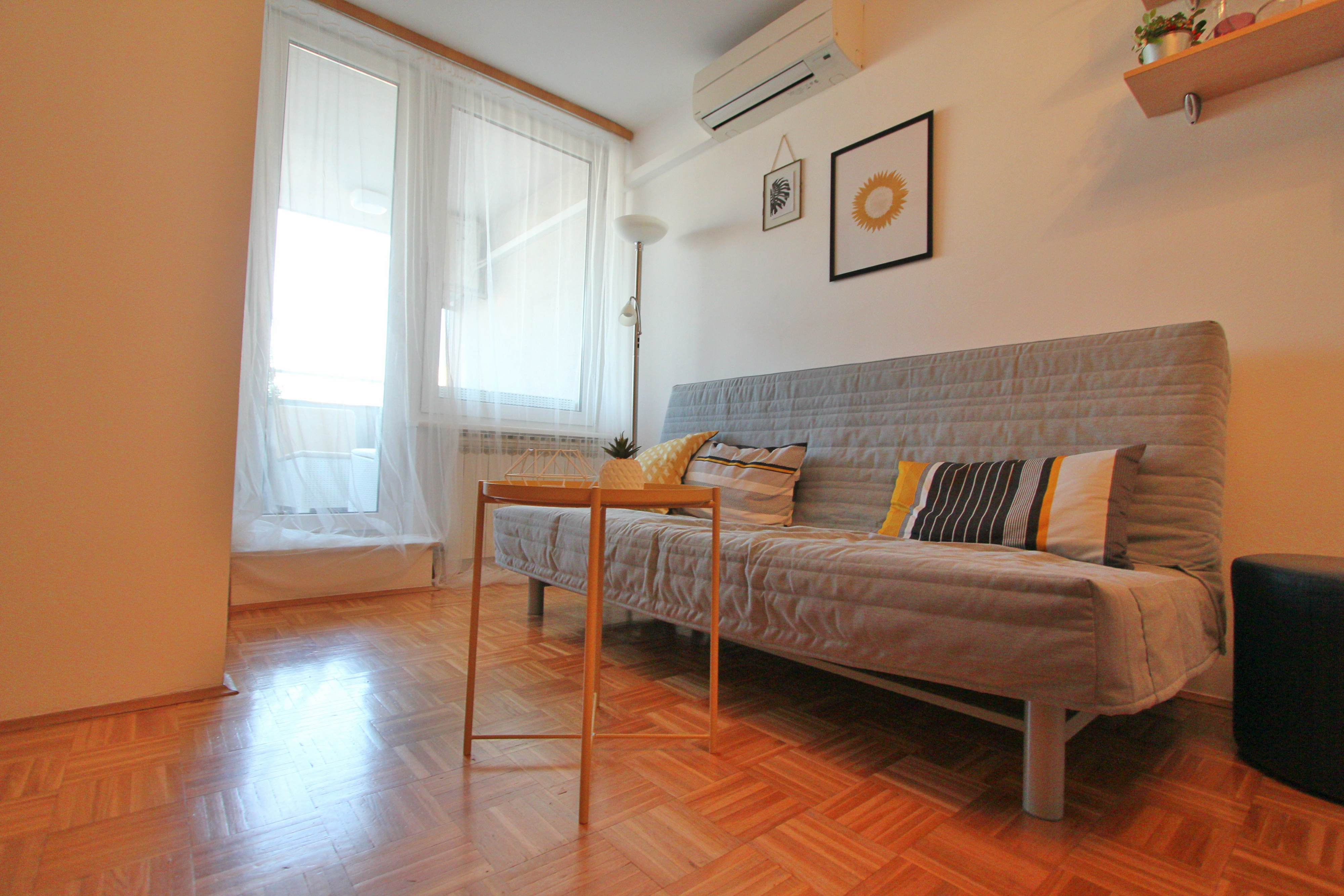 Penthouse in center of zagreb with private garage bik travel